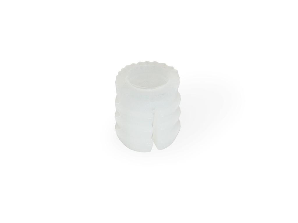 VLOŽEK ZA VEZNIK M6 PVC (10kos)